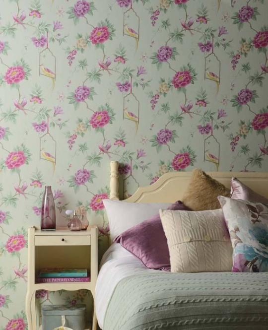 Papel de parede no quarto 2