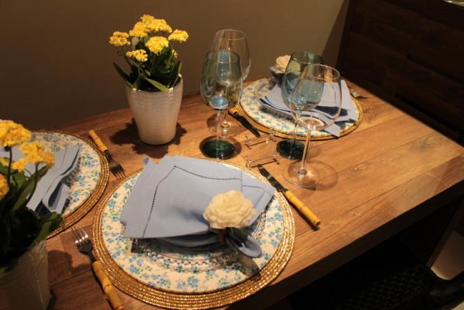 Mesa posta jantar (6)