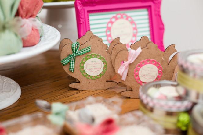 decoração de chá de panela verde e rosa (35)