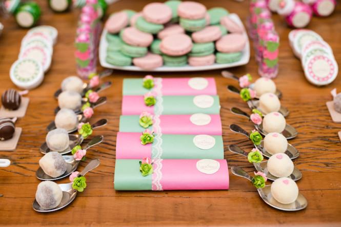 decoração de chá de panela verde e rosa (36)