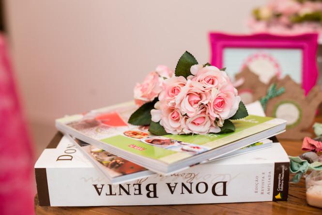 decoração de chá de panela verde e rosa (41)