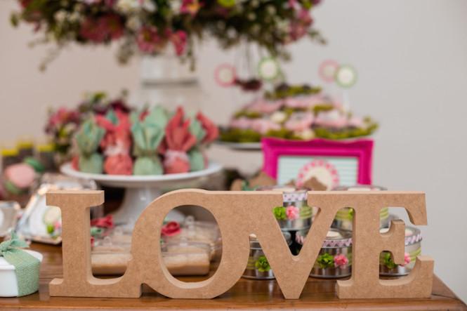 decoração de chá de panela verde e rosa (8)