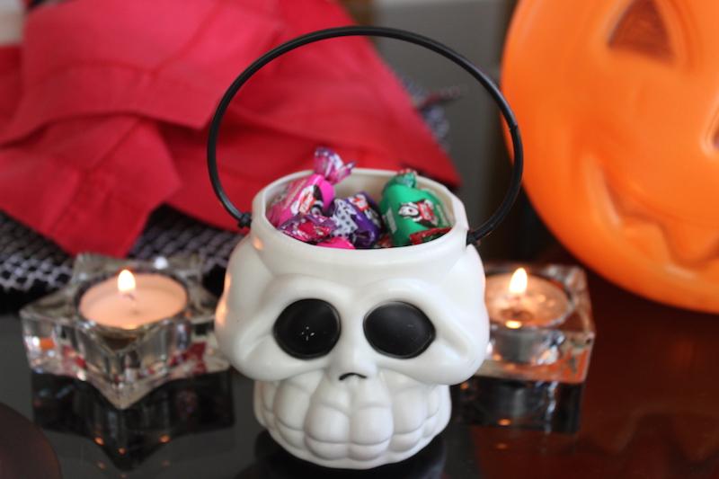 cestinha para doces de caveira para halloween