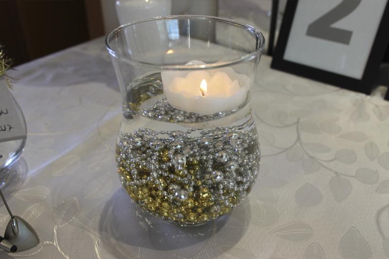 decoracao de ano novo vasos com velas