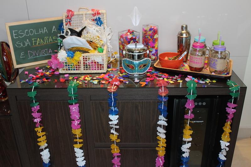 Decoraç u00e3o de Carnaval Balc u00e3o de Boas Vindas Vida de Casada -> Decoração De Loja Carnaval