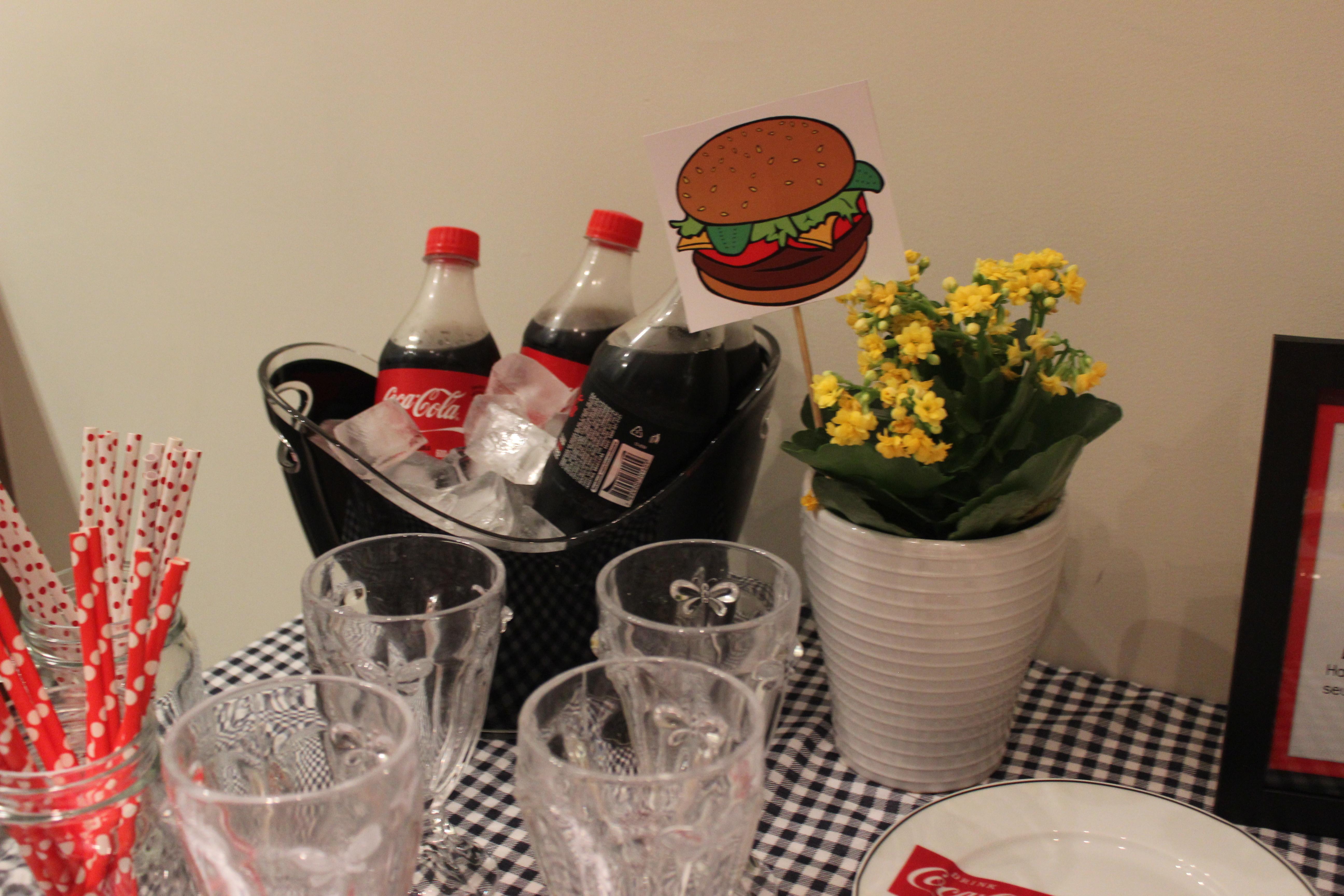 detalhes noite do hamburguer