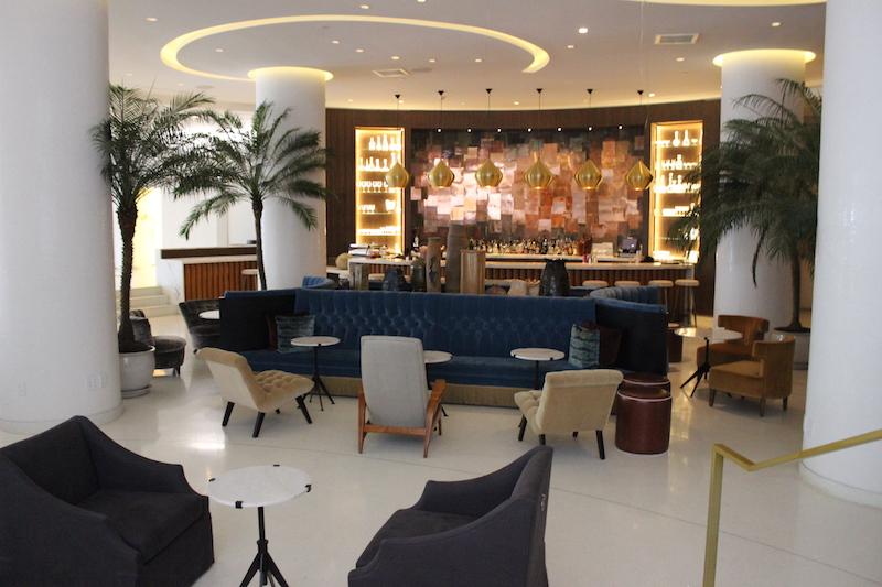 lobby hotel nautilus