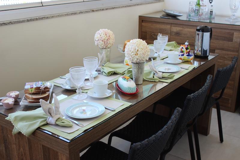 mesa posta cafe da manha pascoa