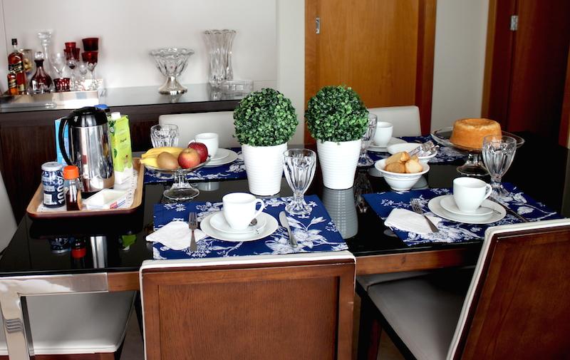 mesa cafe da manha simples