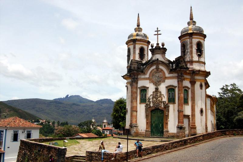 lugares baratos para viajar no Brasil ouro preto