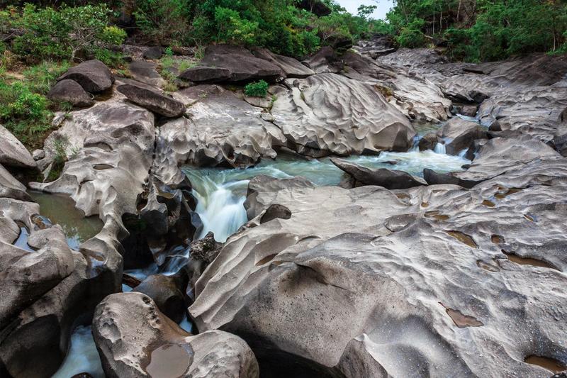 pontos turisticos brasil vale da lua