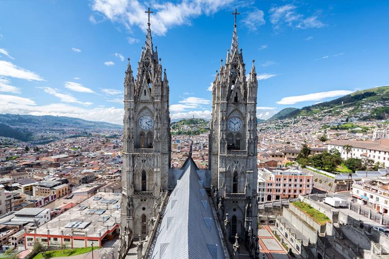 destinos internacionais baratos equador