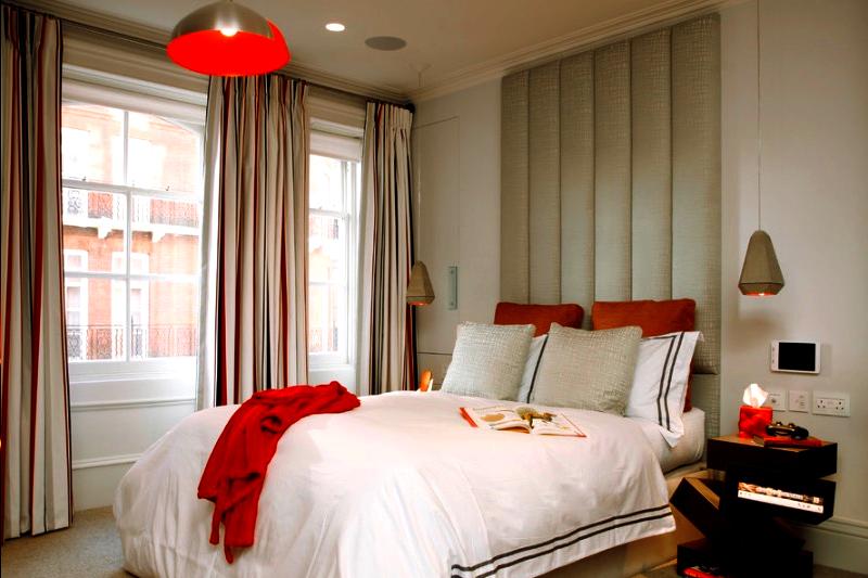 decoracao de quarto romantica com vermelho