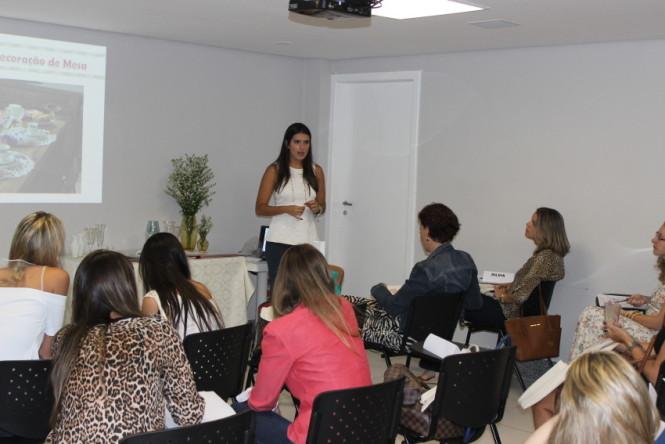 Juliana Santiago Curso Receber em Casa Belo Horizonte (15)