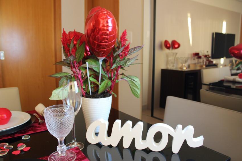 decoração de mesa posta de dia dos namorados