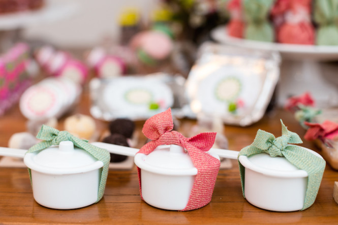 decoração de chá de panela verde e rosa (46)