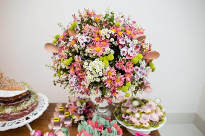 decoração de chá de panela verde e rosa (6)