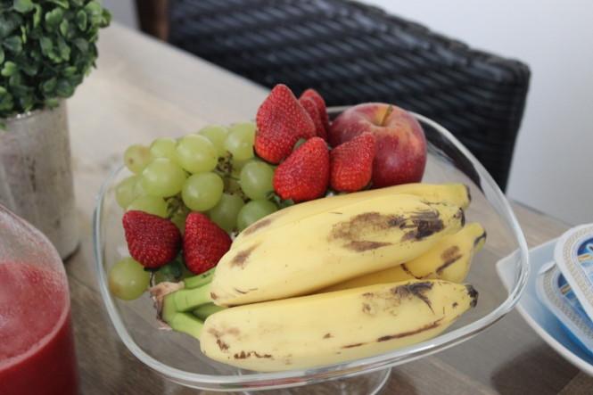 frutas para café da manhã romântico