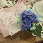 Mesa posta para chá da tarde – Rosa e lilás