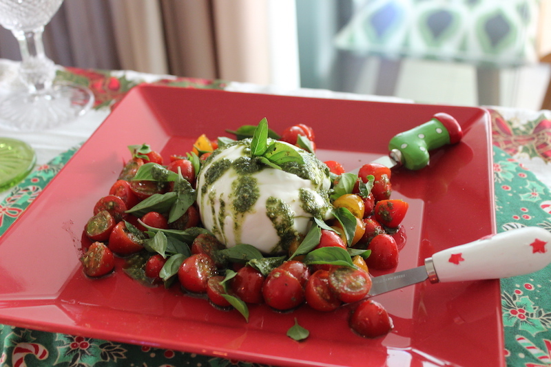 burrata com tomate cereja
