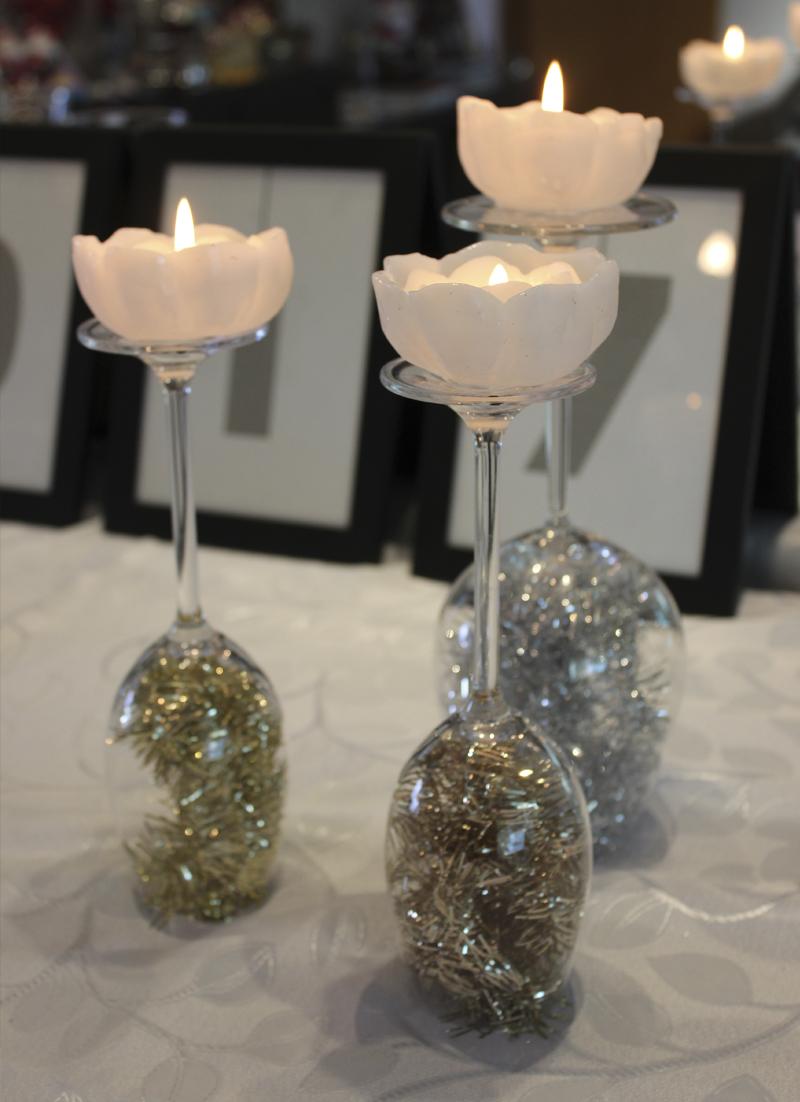 decoracao de ano novo velas como casticais