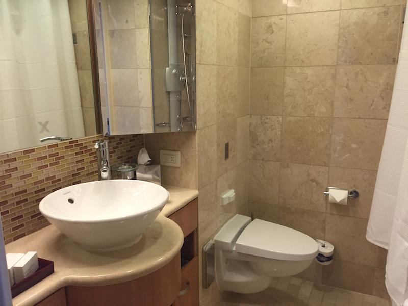 banheiro suite navio