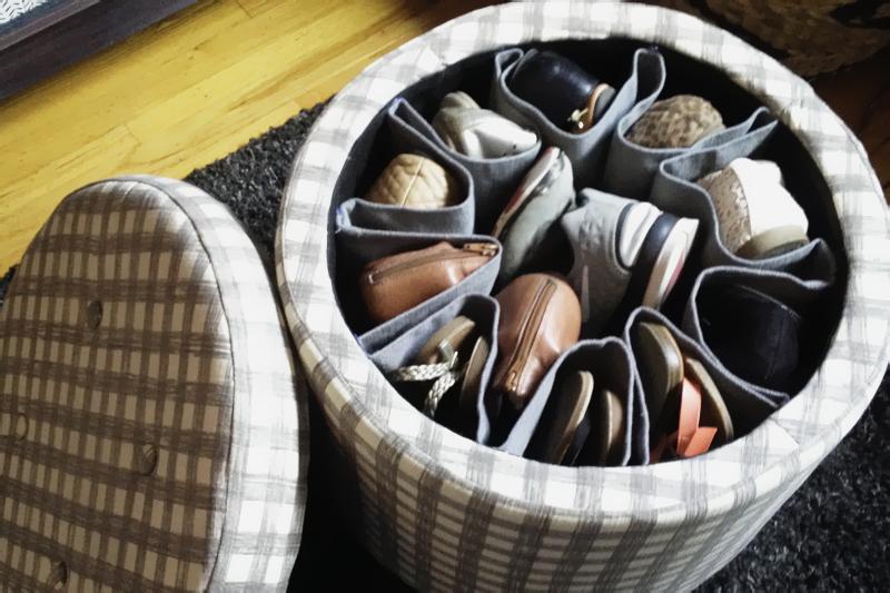 puff organizar sapatos
