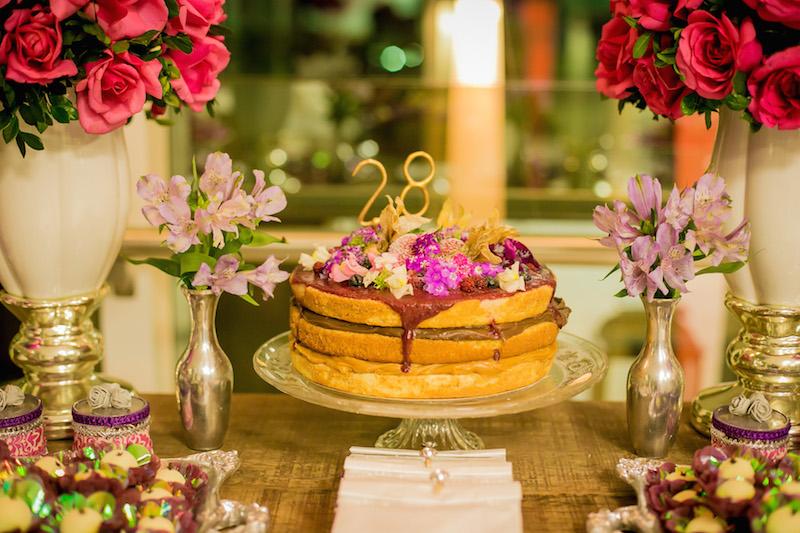 bolo de aniversario naked cake