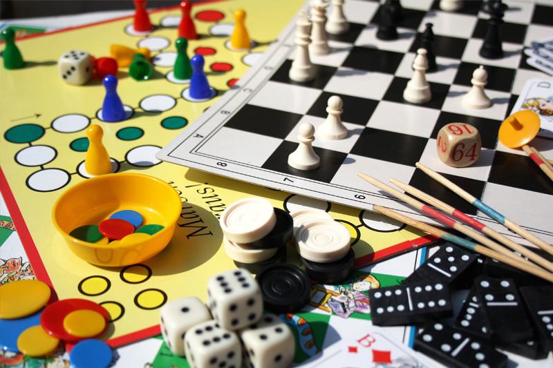 noite de jogos com as amigas