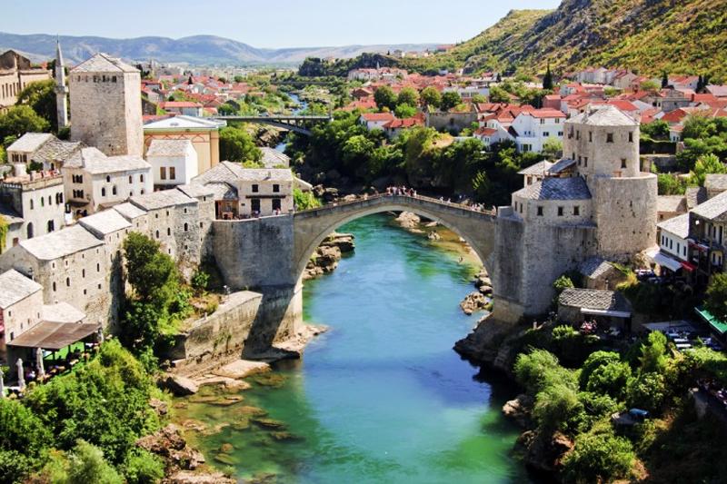 destinos internacionais baratos bosnia e herzegovina