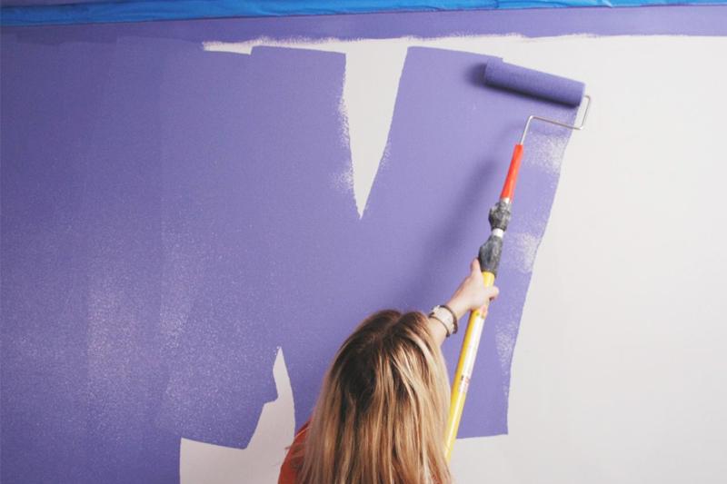formas de queimar calorias pintando parede