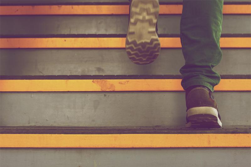 formas de queimar calorias subir escadas