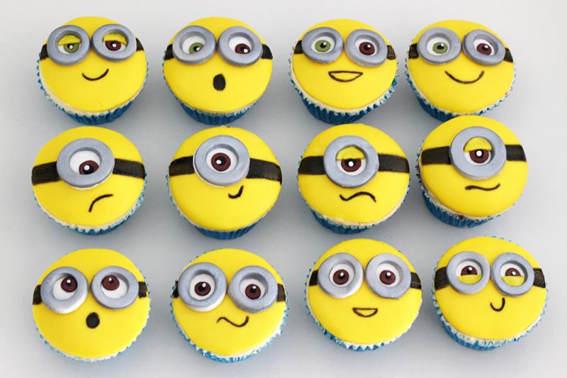 decoracao de festa infantil minions cupcakes
