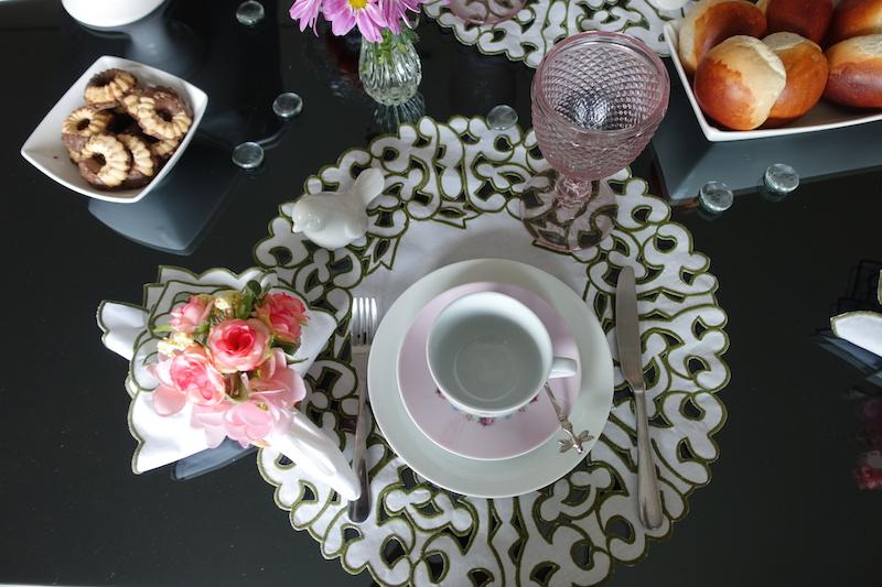 mesa posta cafe da manha montagem
