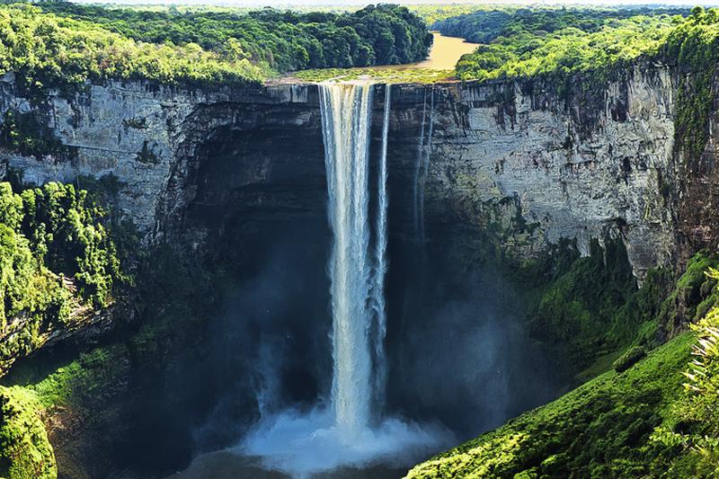 Kaieteur Falls Guiana