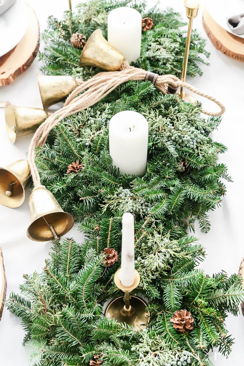 Arranjo Floral de Natal com Vela