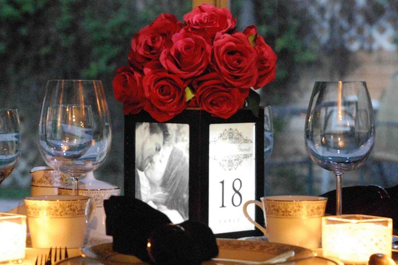 porta retrato como decoração de jantar romântico