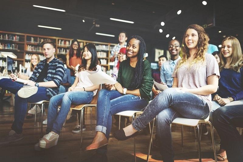 5 essenciais dicas para você procurar o primeiro emprego