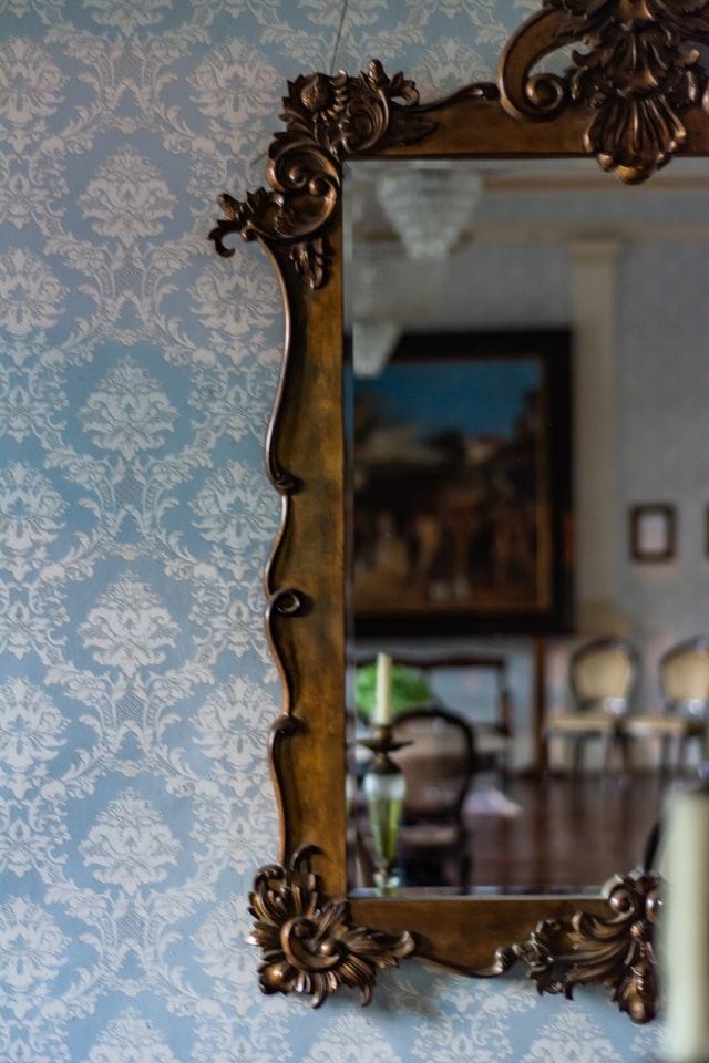 Papel de parede vintage com espelho