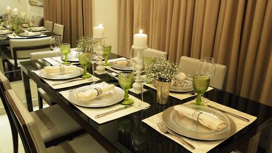 Mesa Do Dia Para Um Jantar Branca E Verde Vida De Casada